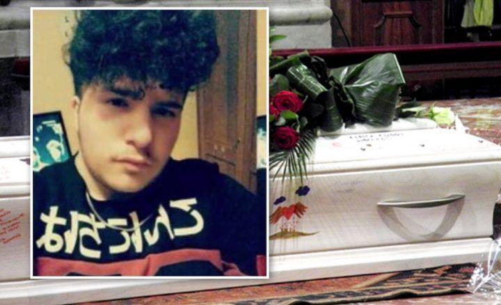 """Agro Aversano in lutto, Giuseppe muore a soli 19 anni: """"La sedia in classe resta vuota"""""""