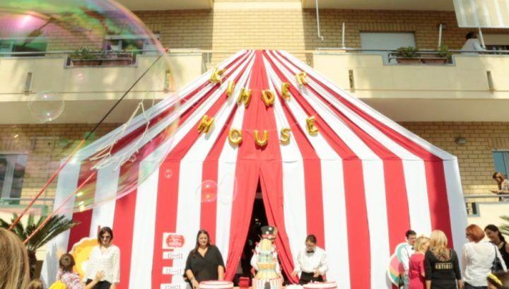 Giugliano, grande festa per il restyling della Kinder House