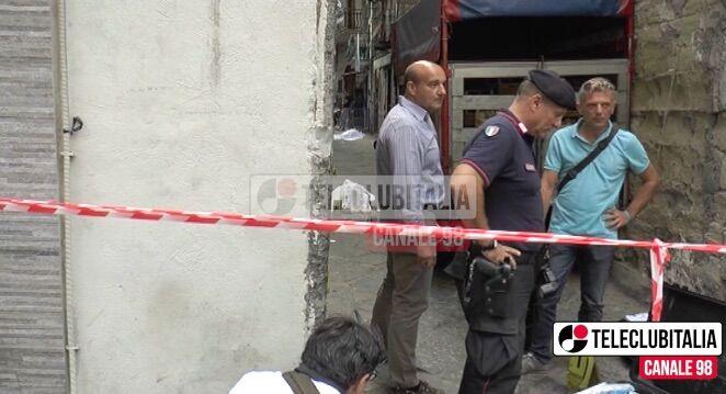 Sparatoria nel centro di Napoli: 2 morti. Paura tra la gente