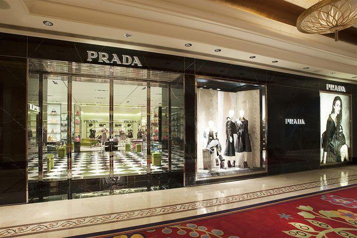 Venezia: furto record nel negozio di Prada, sparita giacca da 50mila euro