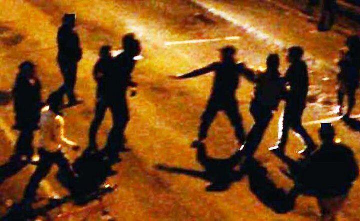 Napoli, rissa tra adolescenti sul lungomare: minorenne inseguito e picchiato