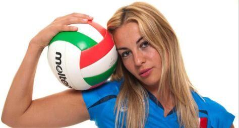Veronica Angeloni: altezza, vita privata, info wiki, immagini hot. FOTO