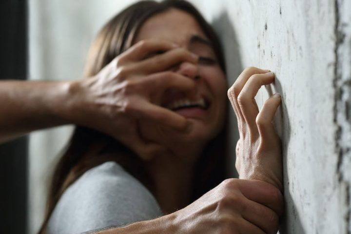 """Voleva stuprarmi"", paura per una giovane: arrivano i vigili"