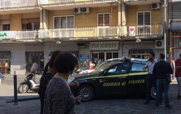 Camorra, indagato noto imprenditore per usura: sequestro di beni a Giugliano, Aversa e Gricignano