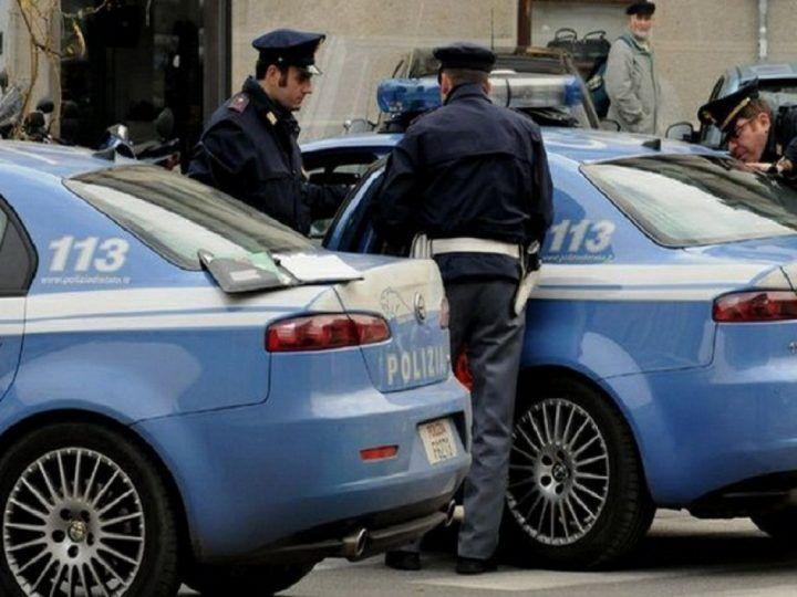 Acerra. Scoperta base per lo spaccio, sequestrati oltre 800 grammi di droga: 2 arresti