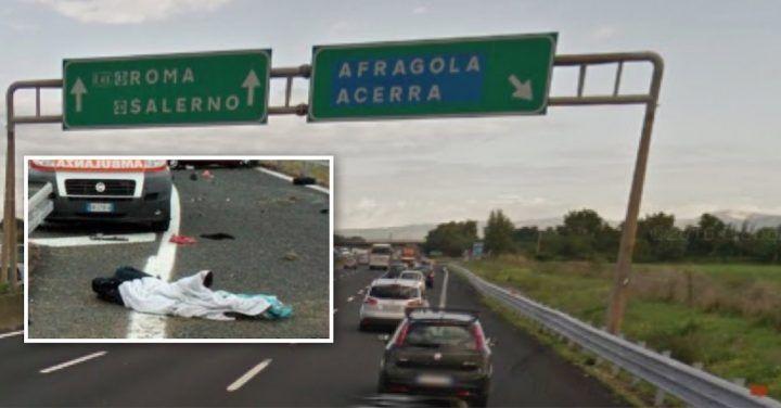 """""""C'è un guasto"""". Scende dall'auto e viene investita: muore all'uscita Acerra-Afragola dell'A1"""