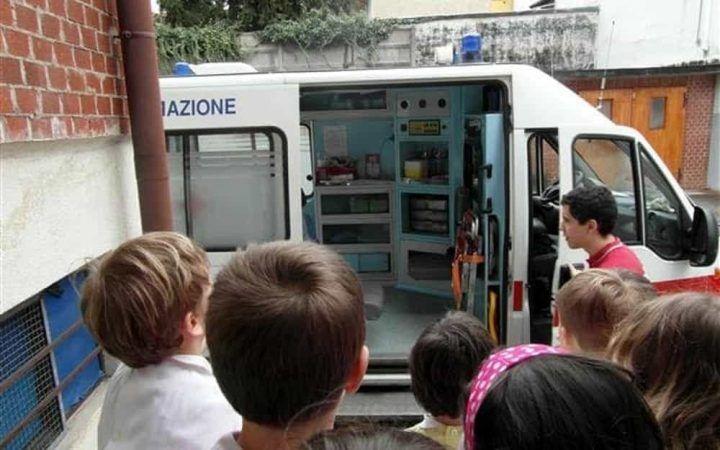 Choc in Puglia, 13enne prende brutto voto e si lancia dalla finestra della scuola