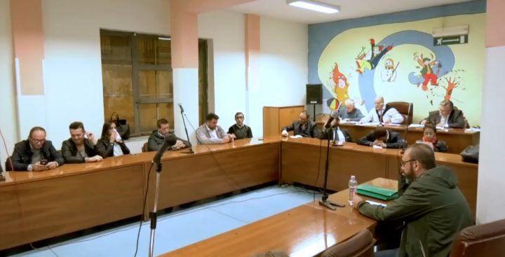 Grumo Nevano, sindaco arrestato: opposizione chiede dimissioni