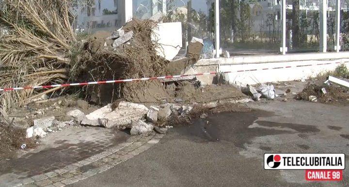 Giugliano, terribile incidente nei pressi dell'Auchan: gravissimo un 20enne