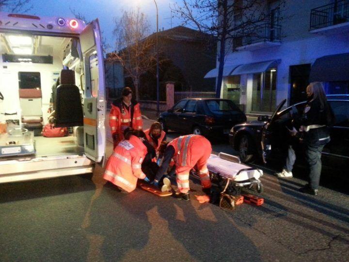In provincia di Lucca, donna muore travolta da un'auto guidata da un 81enne: era ubriaco