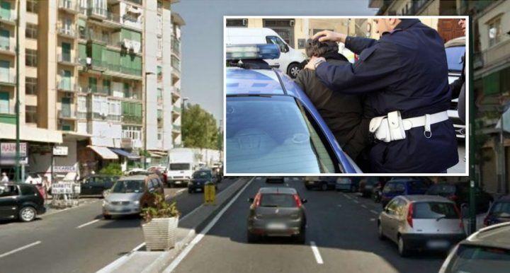 Napoli, la polizia controlla il bagno del locale e arresta titolare di noto bar