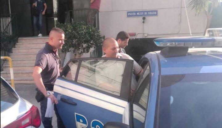 """""""Pizzo"""" sugli autobus, arrestato estorsore a Pompei"""