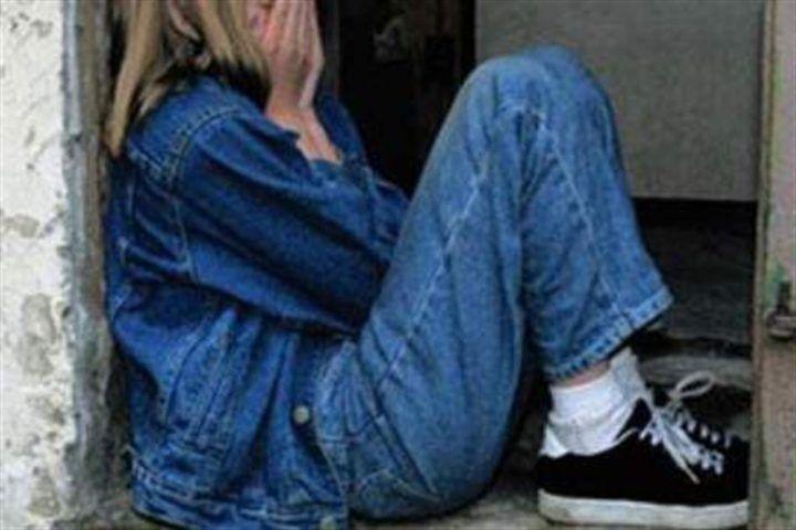 """Orrore nel casertano, ragazzina violentata dal padre dell'amichetta: """"Non sapevo fosse una cosa sporca"""""""