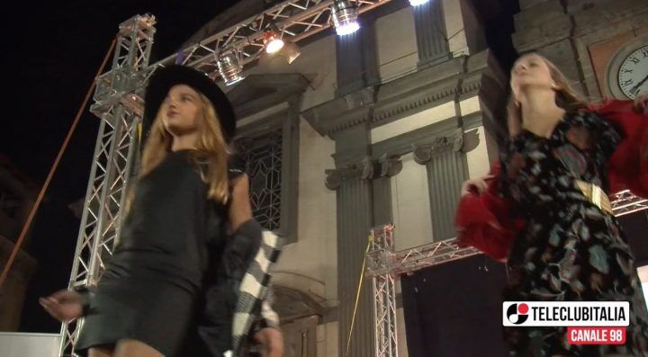 Giugliano. Moda, talento e danza sul palco di piazza Annunziata per il Sunday Fashion