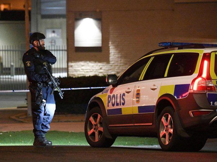 Attentato in Svezia, esplode bomba davanti alla stazione di Polizia
