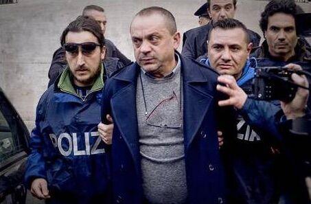 """Paranza dei bambini, il pentito: """"14mila euro a settimana alla Maddalena"""". Poi accusa il figlio"""