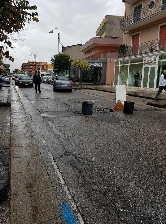 Qualiano – Villaricca: sprofonda tratto di via Campana