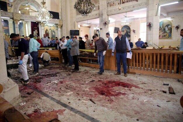 Texas, strage nella chiesa: un uomo spara sui fedeli, molti morti