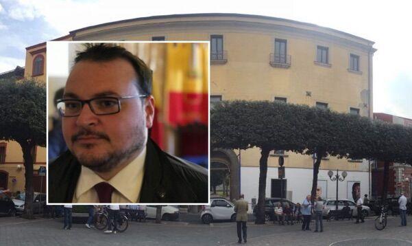 """Villaricca. Cacciapuoti: """"200mila euro per il Palazzo Baronale, spesa folle e di incoscienza"""""""