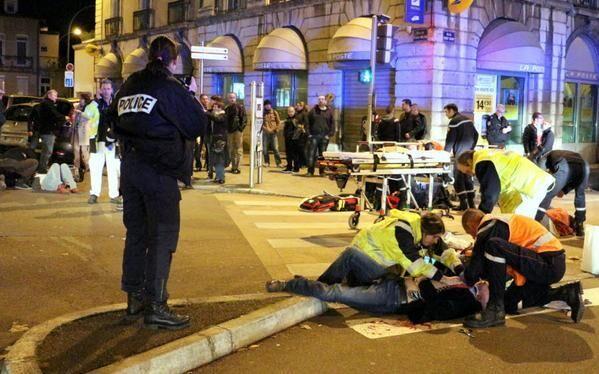 Torna il terrore in Europa, auto si scaglia contro gruppo di studenti