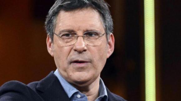 Fabrizio Frizzi malore news, post su Facebook: il conduttore rompe il silenzio