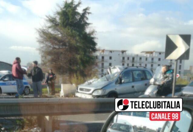 Casoria. Incidente sulla circumvallazione esterna: auto contromano, due morti