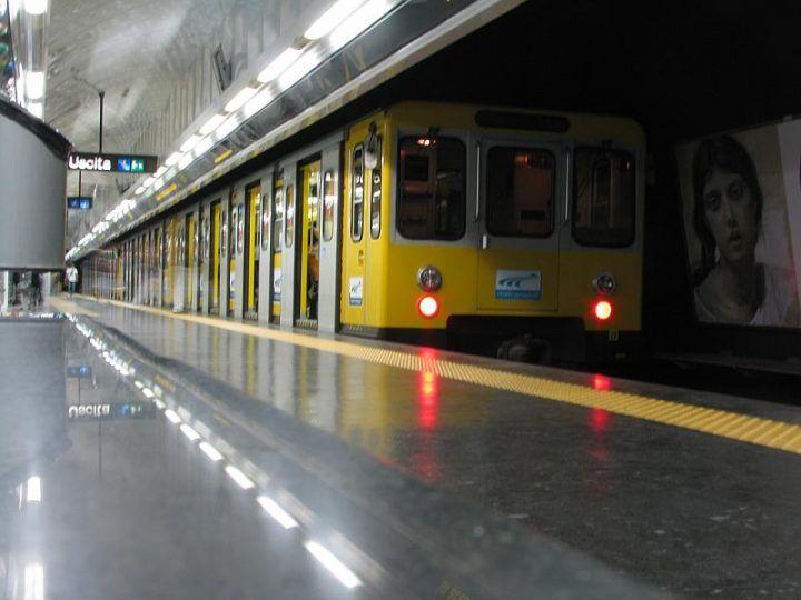Napoli, pacco sospetto sulla banchina: evacuata la Linea 1 della metropolitana