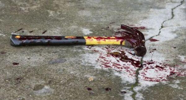 Violenza choc, marito prendere a martellate la moglie: gravissima donna di Caserta