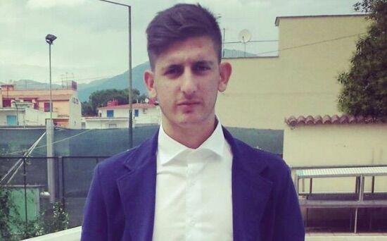 Provincia di Napoli in lutto, Simone muore nel sonno a 20 anni