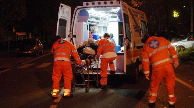 Agro Aversano, donna trovata esanime a terra: trasportata in ospedale
