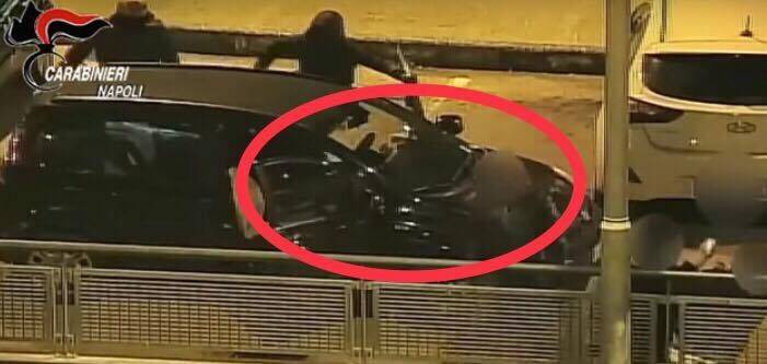 Casoria, rapina e pestaggio nel parcheggio dell'UCI: arrestato figlio del boss. VIDEO