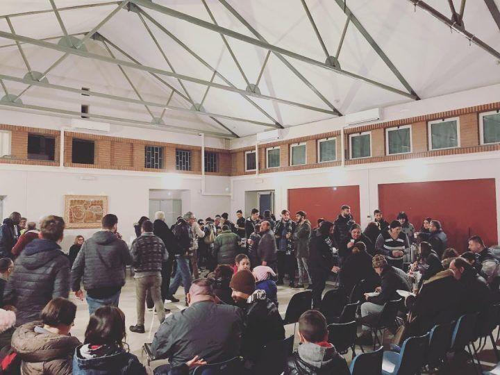 La festa della solidarietà a Giugliano, cena per 200 persone in Biblioteca