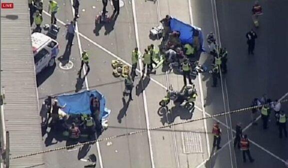 Paura a Melbourne: suv si lancia sui passanti. 14 feriti gravi