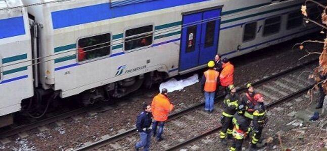 Orrore in Campania, attraversa i binari: giovane decapitato da treno in corsa