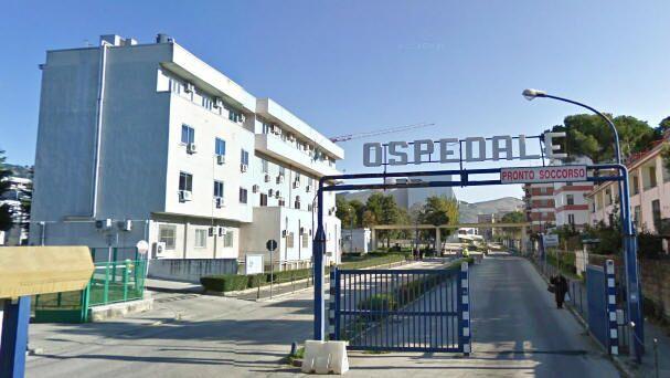 Choc a Santa Maria Capua Vetere, ingerisce sostanze nocive: è in rianimazione