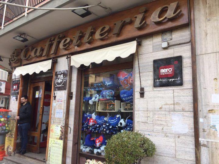 Marano, raid notturno in un noto bar: bottino da migliaia di euro