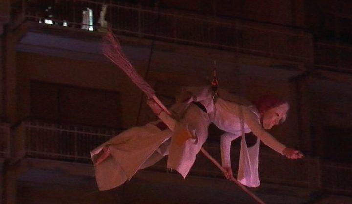 Epifania a Giugliano, lo show della Compagnia dei Folli in piazza Annunziata