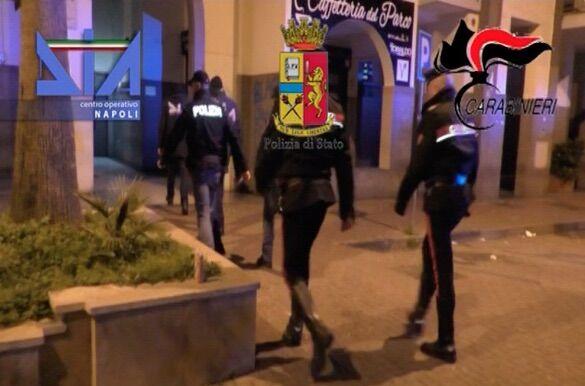 clan moccia blitz arresti