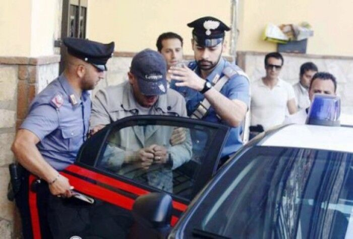 arresti carabinieri afragola oggi 17 gennaio vitale giacomo afiero vincenzo