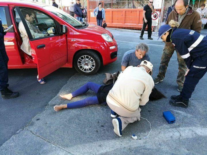 Donna trovata morta in strada nel casertano: è giallo