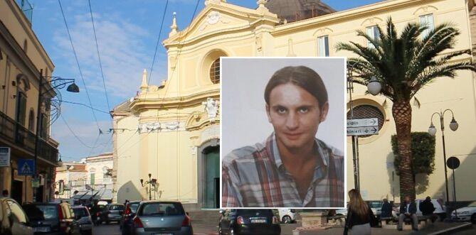 """Melito. «Gridava """"no, no"""" ma i killer lo finirono lo stesso», la città ricorda la vittima innocente Rosario Mauriello"""