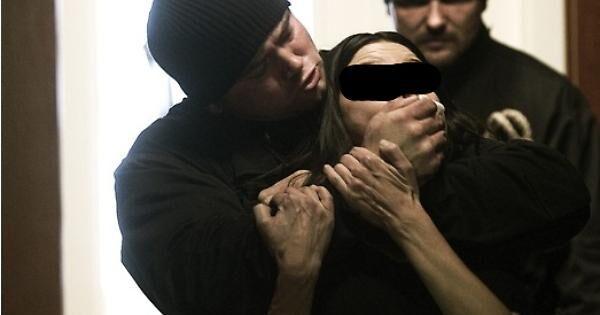 Notte da incubo in Campania, sequestrata in casa e rapinata: fermati 4 di Maddaloni. I NOMI