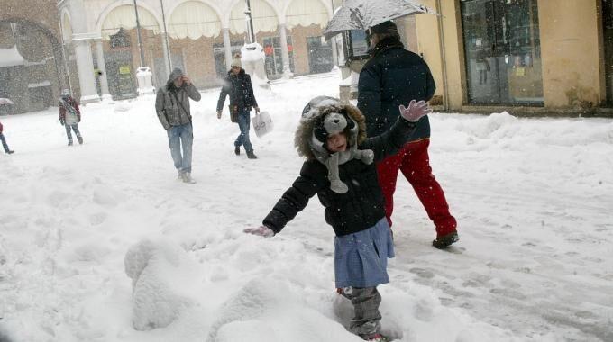 28 febbraio scuole chiuse neve