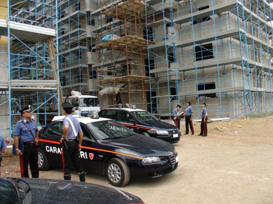 racket cantieri vomero piazza ottocalli napoli arresti
