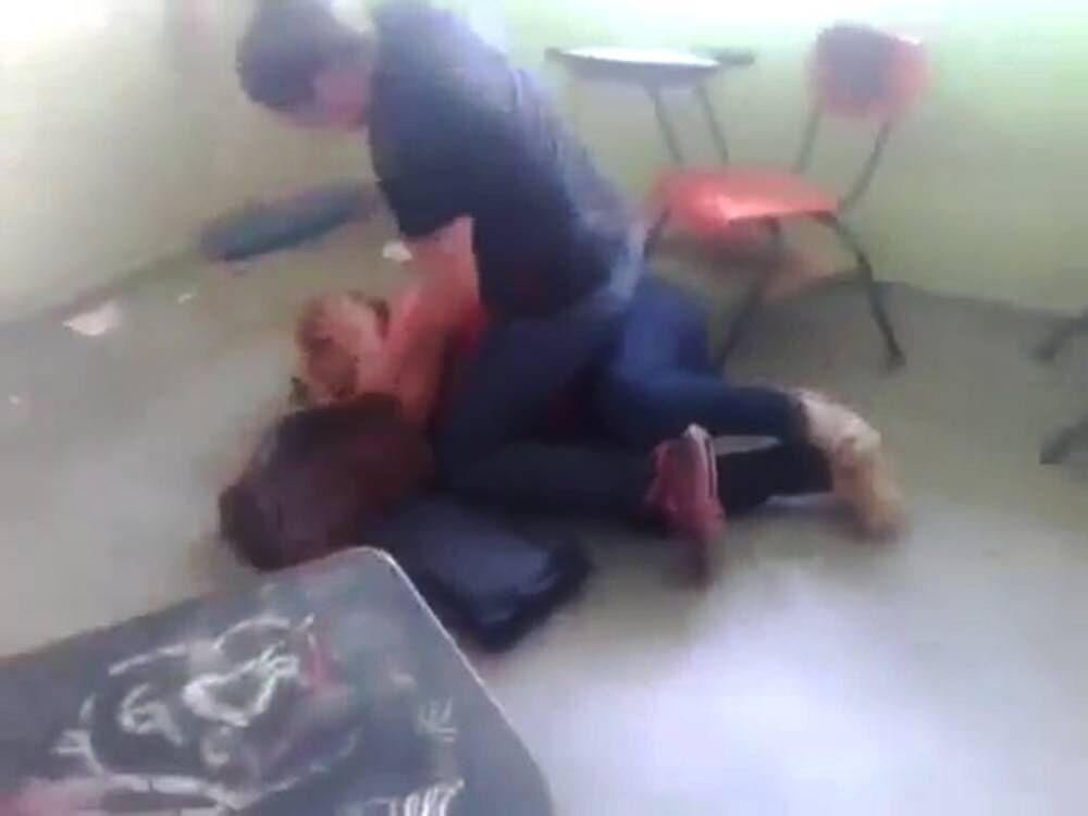 succivo scuola de amicis maestra picchiata
