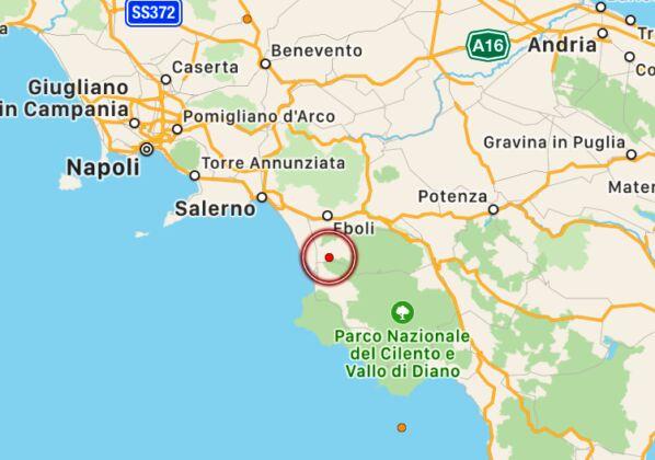Terremoto di magnitudo 4.0 nel Tirreno, epicentro a 297 km di profondità