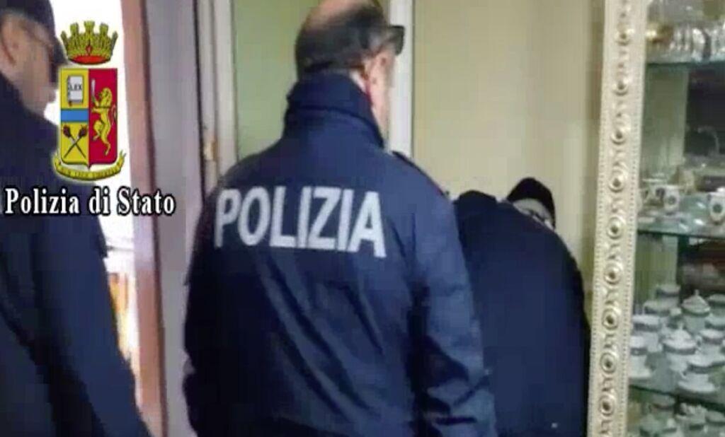 torre annunziata emanuela acampora arrestata droga