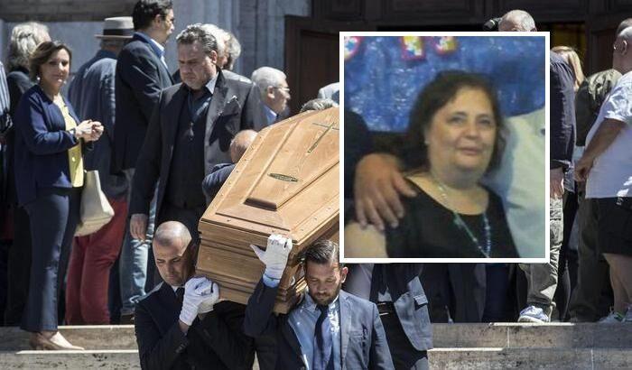 maddaloni funerali rimandati maria chierchia