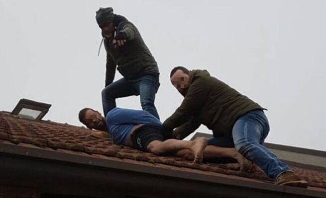 arresto carabinieri napoli furto outlet qualiano