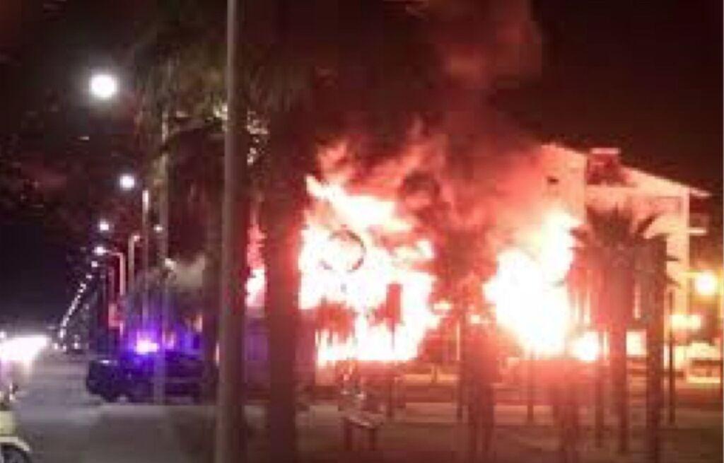 incendio bar castellammare di stabia arresto